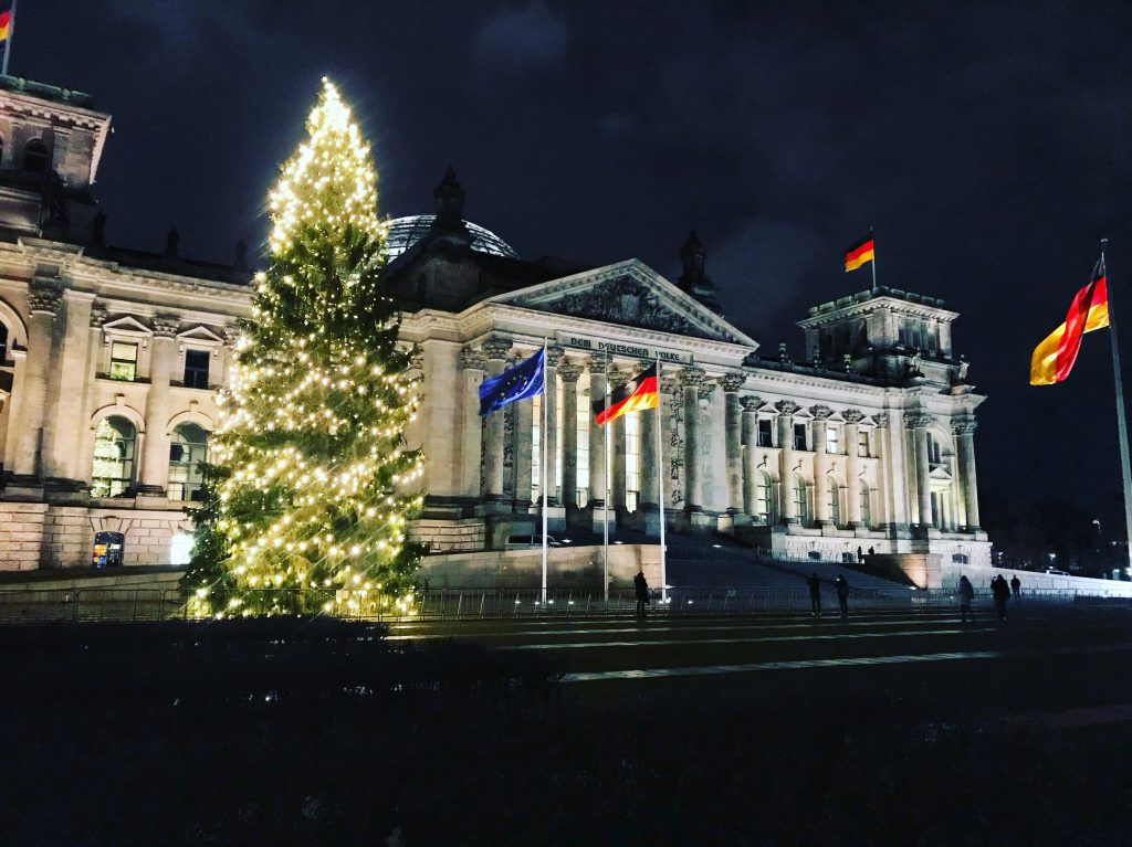 Reichstag parlament germany berlin christmas