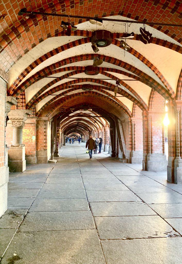 Oberbaumbruecke bridge Run-Lola-Run Berlin Spree arcades